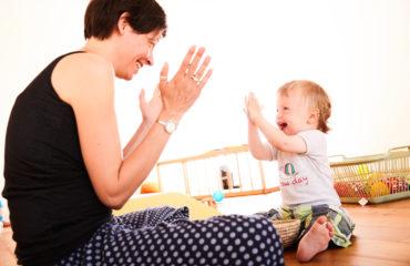 7 Wege für mehr Ruhepausen im Alltag mit Kindern
