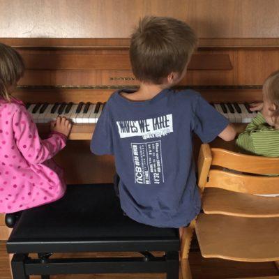Geschwisterstreit :: Gründe dafür und was er bedeuten kann